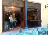 Bar Restaurante La Vitrola