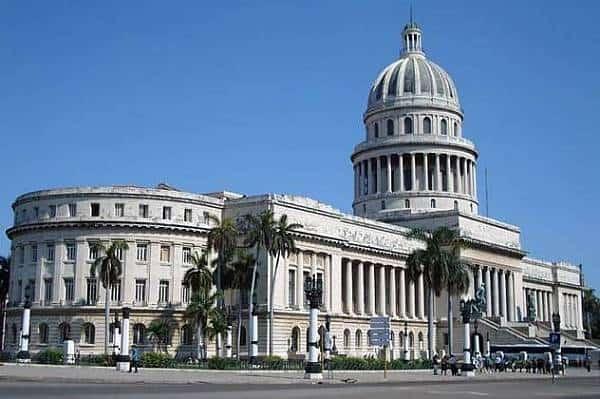 Vista exterior del Capitolio de la Habana