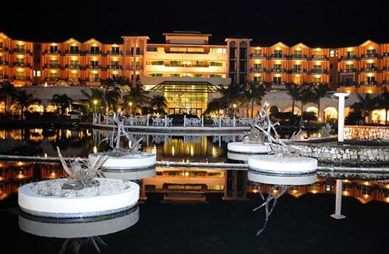 Vista Nocturna del Hotel Meliá Las Antillas