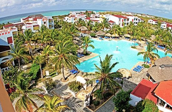 Piscina el Hotel Sol Pelícano
