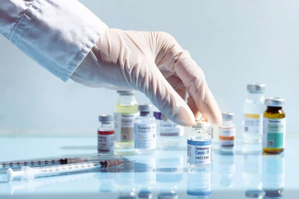 vacunas permitidas para viajar a españa