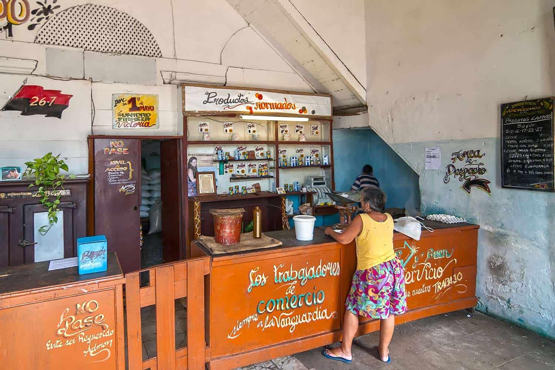 venta de Modulos de aseo en las Bodegas Cubanas